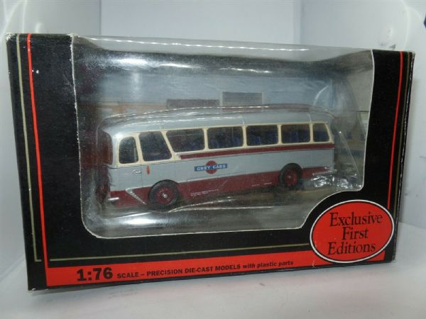EFE 12302 Harrington Grenadier Coach Grey Cars MIMB